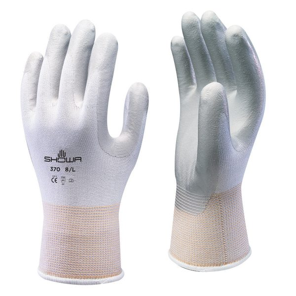 White SHOWA 370 Floreo gloves, right and left hand, on a white background